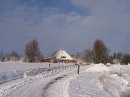 Boerderij in de sneeuw
